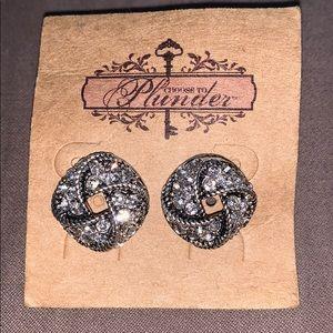 Plunder Mason silver knot rhinestone earrings
